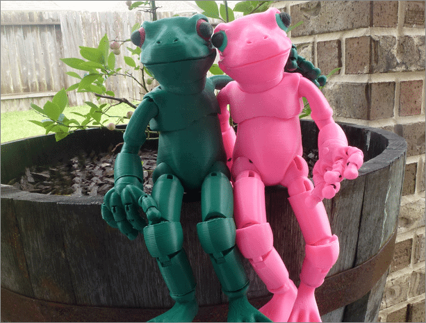 Ball-jointed Frog Doll