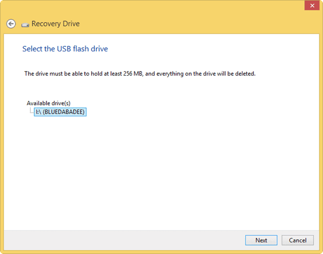 select-the-usb-flash-drive-for-recovery-windows-8