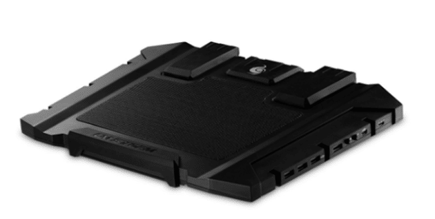 cm-storm-cooling-pad-for-laptop