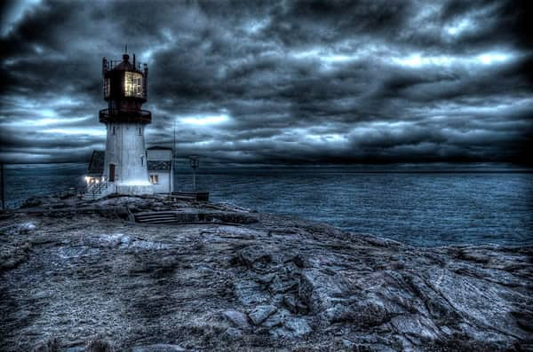 lighthouse-hdr