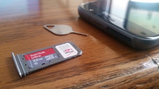 samsung-galaxy-s7-sd-card-and-sim-card