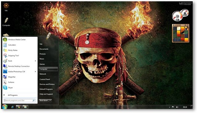 Pirates Wallpaper 01 - © TechNorms