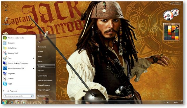 Pirates Wallpaper 05 - © TechNorms