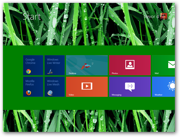 customize-start-screen-background-image-changed